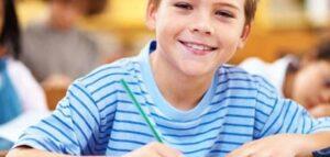 كيف تجعلين ابنك متفوق دراسيا